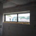 Ein großes Fenster für ein helles Bad